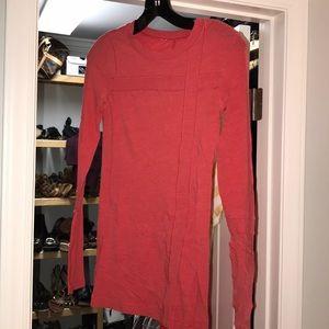Tops - Lululemon long sleeve red 🔥 size 4!